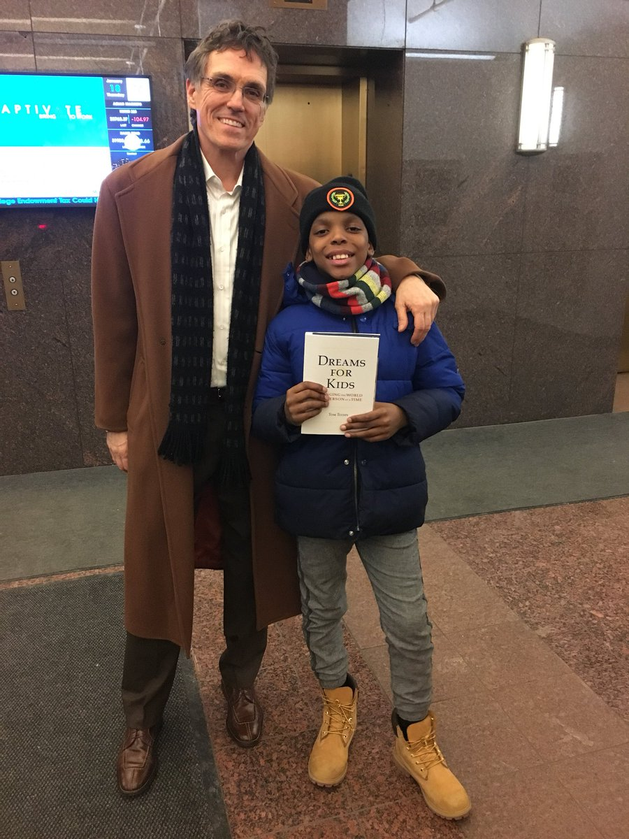 This #kid. Founded #ProjectIAm at #5yearsold At #10yearsold #jahkiljackson has delivered 5,000 #blessingbags to the #homeless Jahkil is the #change @DreamsForKids #YES #Youth #socialenterprise #socialentrepreneurship #entrepreneur #socialchange #changingtheworld<br>http://pic.twitter.com/OCQFaZzi4v &ndash; à dreams for kids