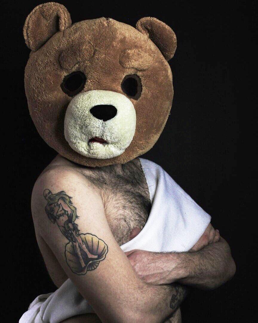 Potrei essere un'Adone 😂😍 @orsomolesto #orsomolesto #bears #mediaset #pierochiambretti #chiambrettinight https://t.co/UT1Ay7gjhY