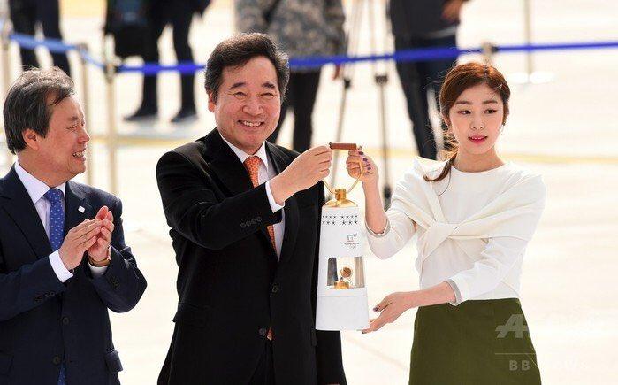 【そりゃそうだろう。『韓国首相、五輪アイスホッケー女子は「メダル圏外」発言を謝罪』】 佐藤も陸上ホッケー経験者であり、現在、東京ホッケー協会会長の身としても、韓国代表が開催国枠出場とはいえ、韓国首相の発言はひっかかっていた。 https://t.co/uqOy9erM3P