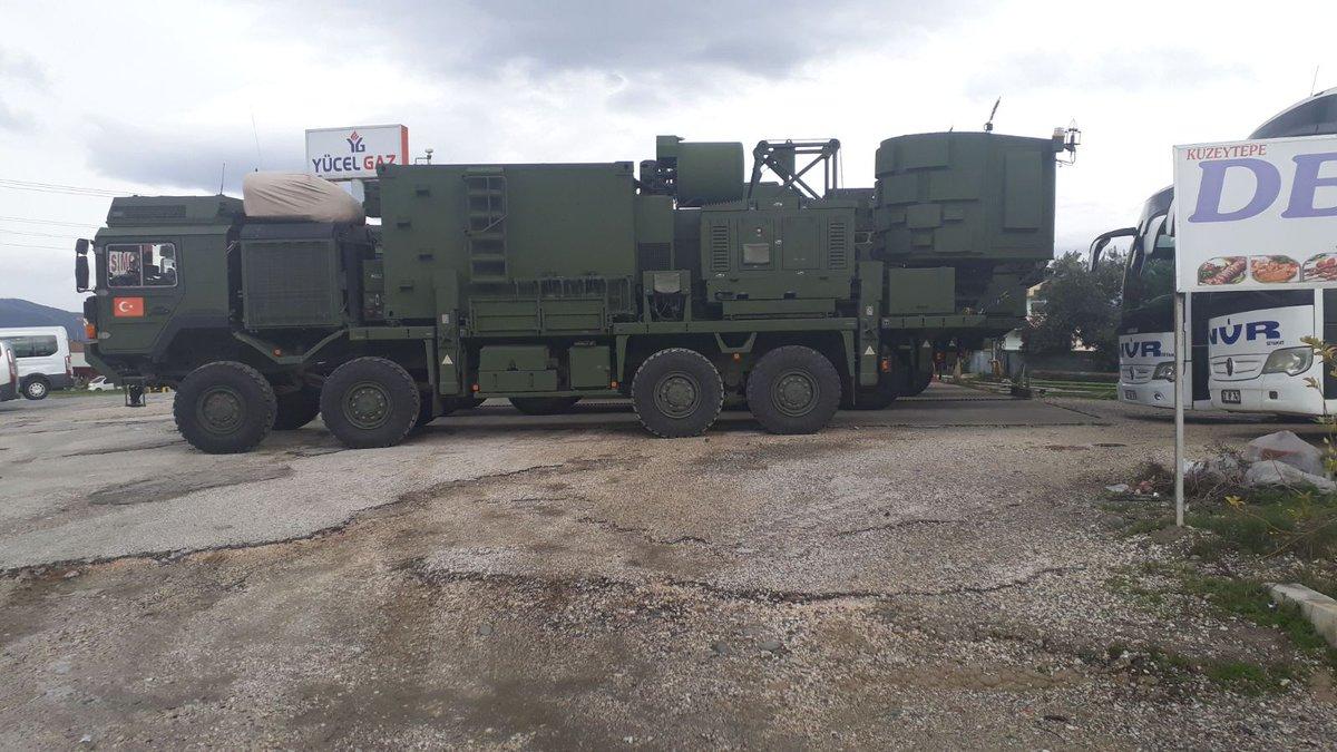 Россия выводит свой контингент из Африна