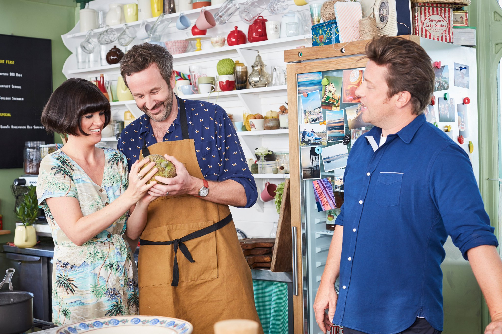 Baby number 3 for @BigBoyler and @hotpatooties… breadfruit. #FridayNightFeast https://t.co/9n3aLe0AjG