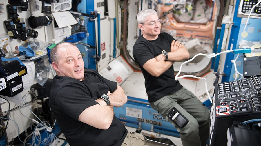 Two spacewalks are planned for Jan. 23 and 29 to swap and stow external robotics gear. @Astro_Sabot will go outside with @Astro_Maker and @Astro_Kanai. https://t.co/YIKGClda8t