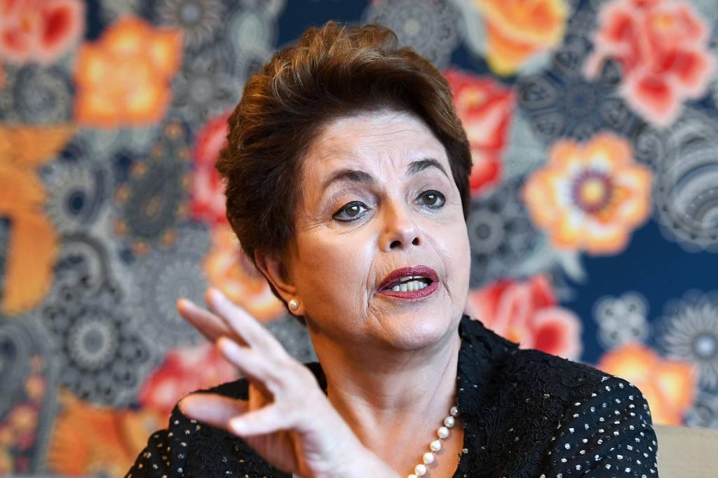 Se for candidata, é provável que Dilma o faça por Minas Gerais - https://t.co/nnRi9bMqST