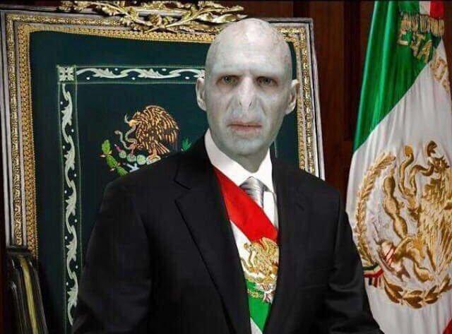 "RT @BohemiosVIP: #BuenViernes ""estaríamos mejor con ya sabes quien."" https://t.co/oG6FJ17jTQ"