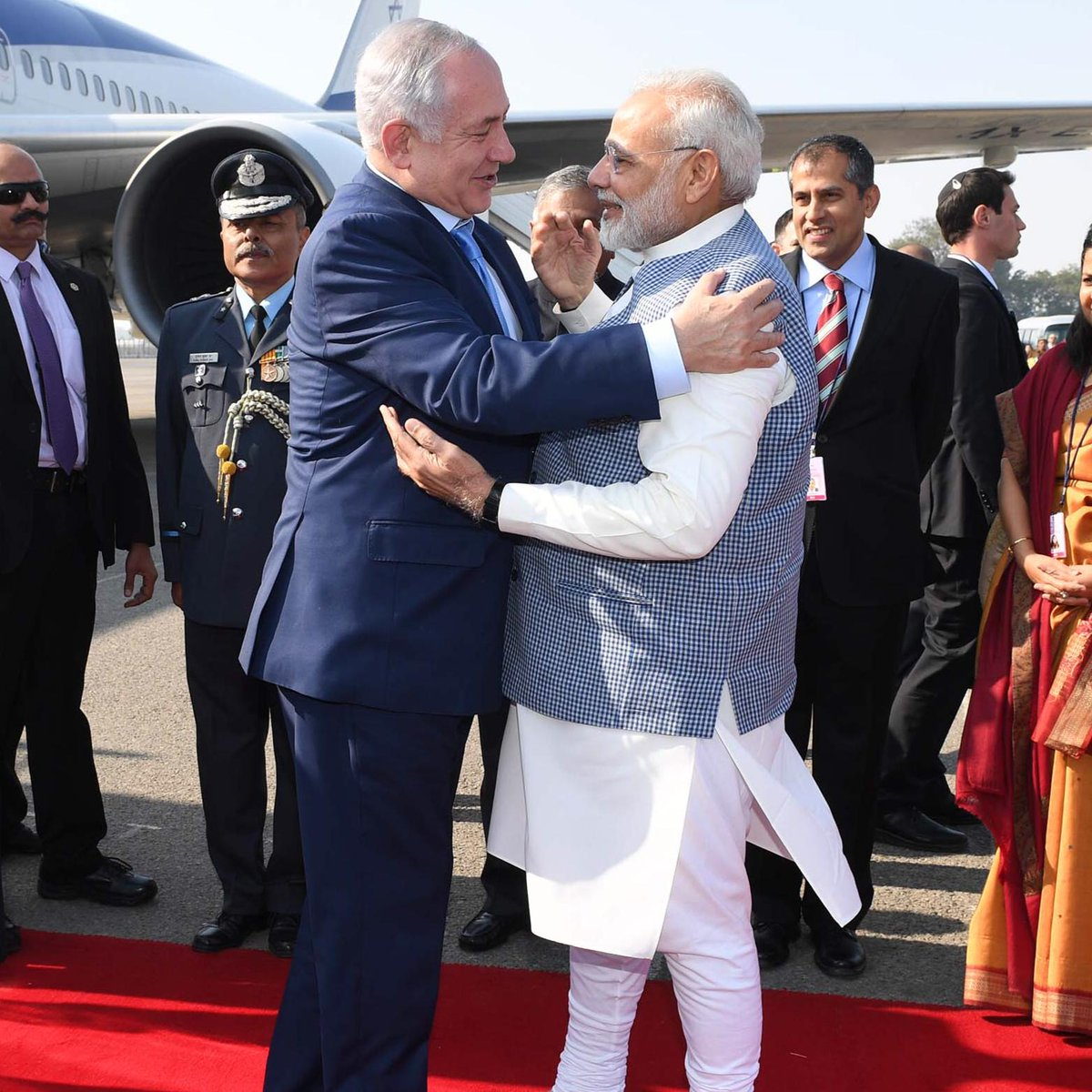 Thank you to my dear friend, Prime Minister @narendramodi, for the warm hospitality in India. The honor you have shown me and the people of Israel will always be remembered. Together we are bringing the relationship between our people and our countries to new heights. 🇮🇱🇮🇳