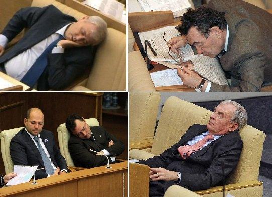 "НТВ on Twitter: ""В Британии депутат заснул во время дебатов по Brexit. Речи  в парламенте могут утомить любого… """
