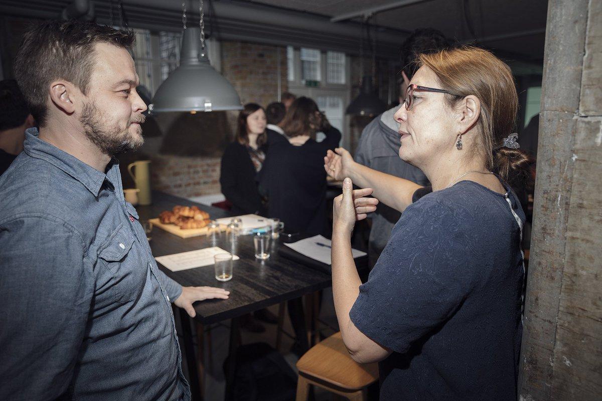 Kan tilfældige møder og faciliterede netværk skabe både vækst og ny viden? Svaret er ja. Se mere i denne lille artikel om, hvordan BLOXHUB gør netop det: https://t.co/DnS2nj7Oy7