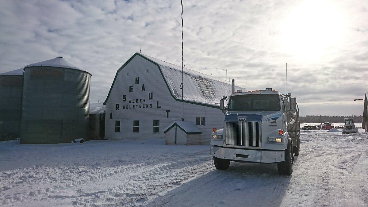 RT @NLennan: Perfect Winters day on the Island. #PEI #milk https://t.co/TLGCkjCN4N