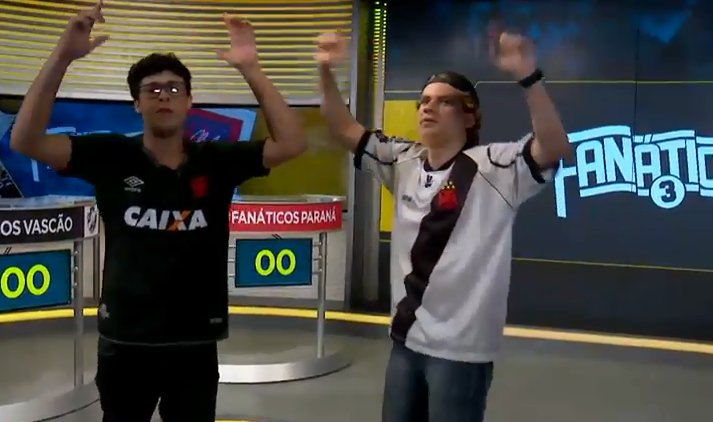 OLHA O #FANÁTICOSVASCÃO AÍ! Wesley e Leo...