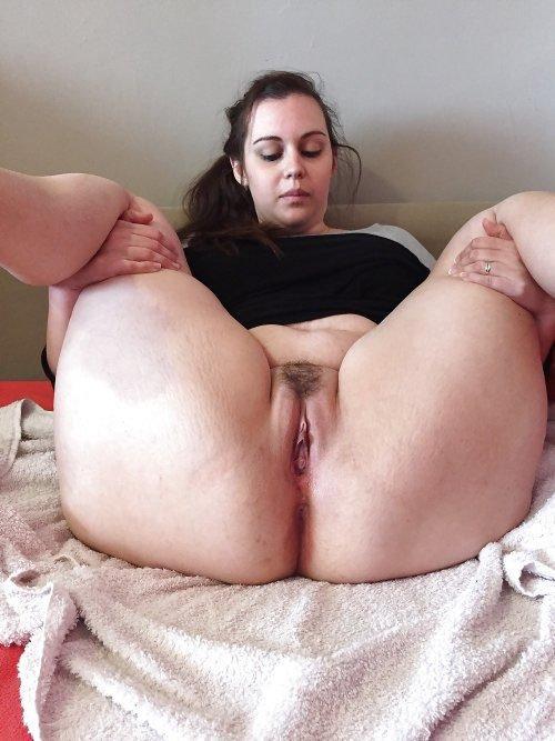 Junior Pussyrubbing Fat Asshole Solo 1