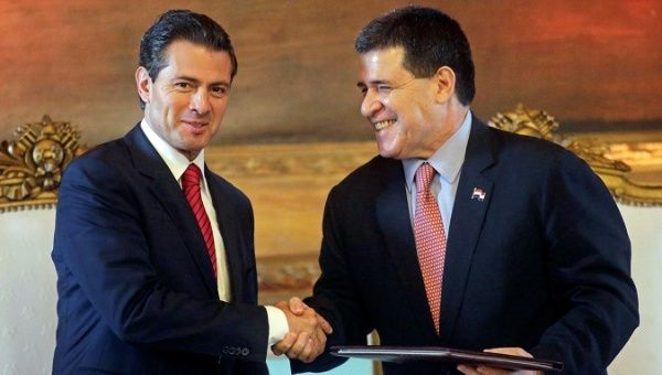 Paraguayan president @Horacio_Cartes and Mexican presidente @EPN are meeting to strengthen the bilateral agreements and cultural ties between their two countries. https://t.co/jVh9Z8zqlZ