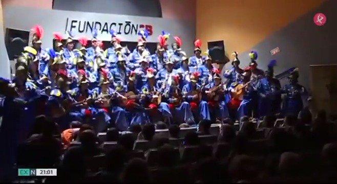 🎼@ElCorodeMerida conquistó el Falla y hoy, en casa, ofrecen su música a todos los emeritenses. Con ellos damos la bienvenida al fin de semana... 🎶 #EXN https://t.co/WBPdoyrcIL