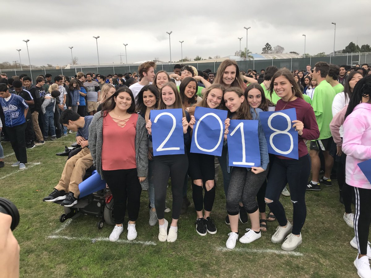 "cchs ccusd org CCHS on Twitter: ""Class of 2018 - class picture. Graduation is ..."