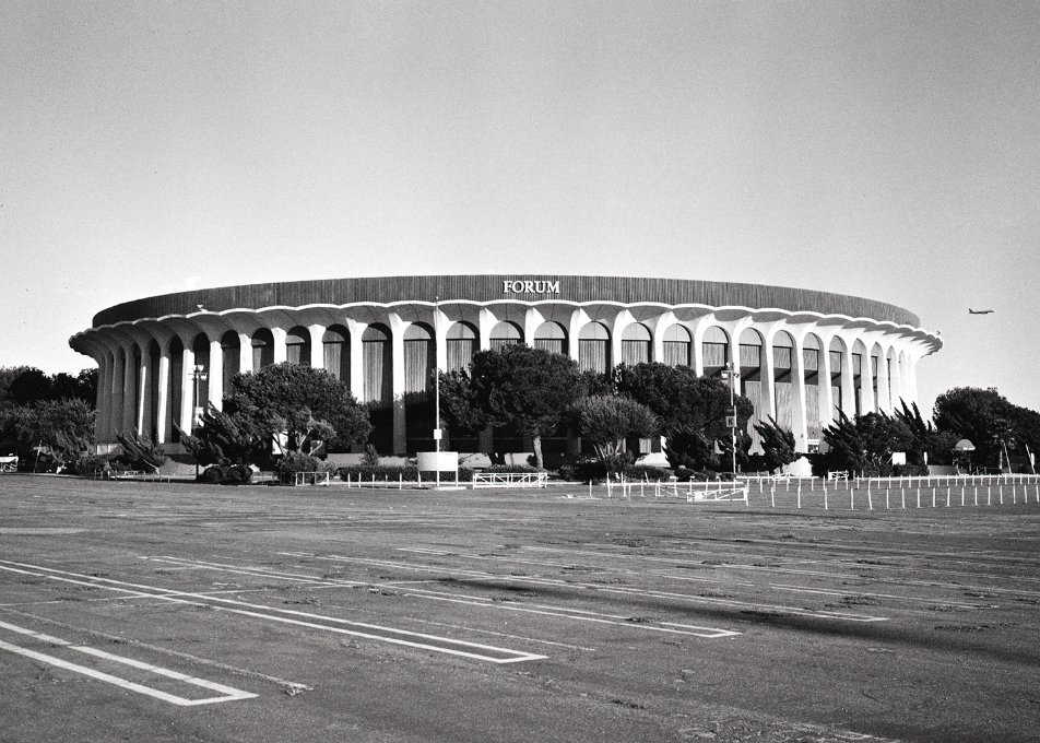 .@theforum, see you tonight for the inau...