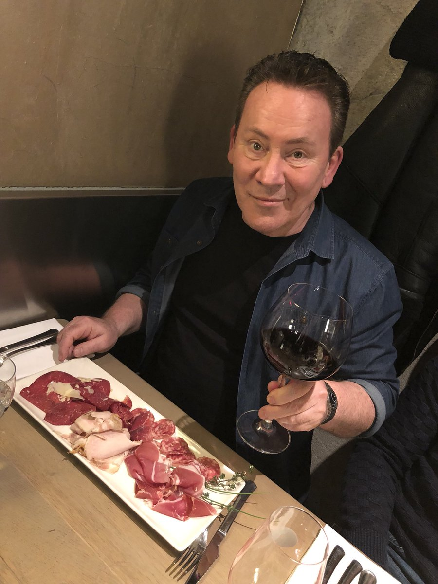 RT @UB40OFFICIAL: @RBCAMPELL at dinner this evening with a little #RedRedWine #UB40 #Netherlands #Maastricht https://t.co/DBo6M93FPX
