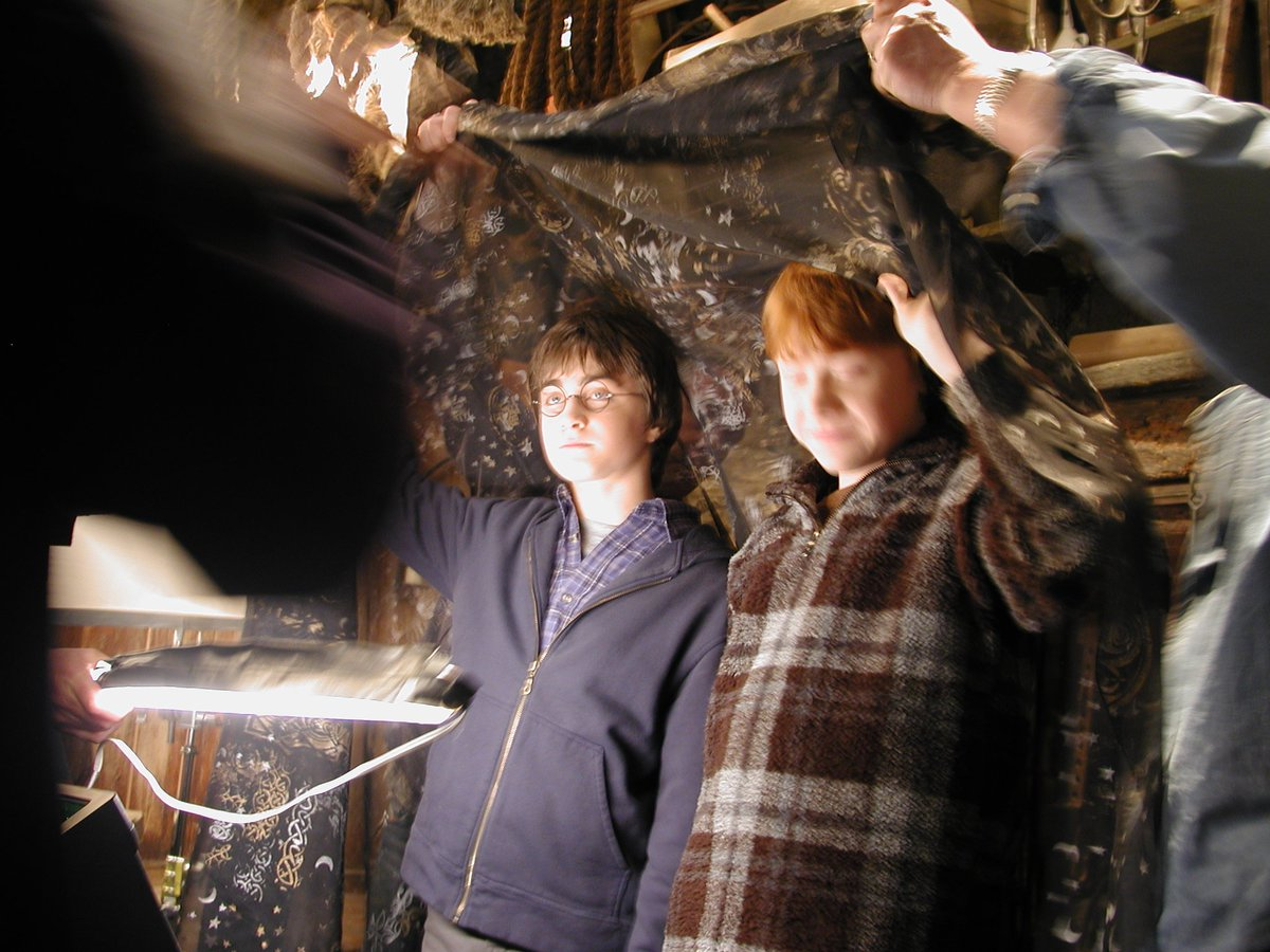 #FBF2 Rupert and Dan hide under the invisibility cloak in Hagrid's hut in #HarryPotterAndTheChamberofSecrets and I take a picture that could get me fired in my second week. Moron. #HarryPotter #WishIdTakenMorePictures