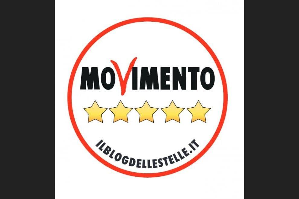 RT @CSilvagni: Nuovo simbolo, stesso obiettivo: un'Italia migliore, un'#Italia5stelle! #M5S https://t.co/UaYvdraZLa