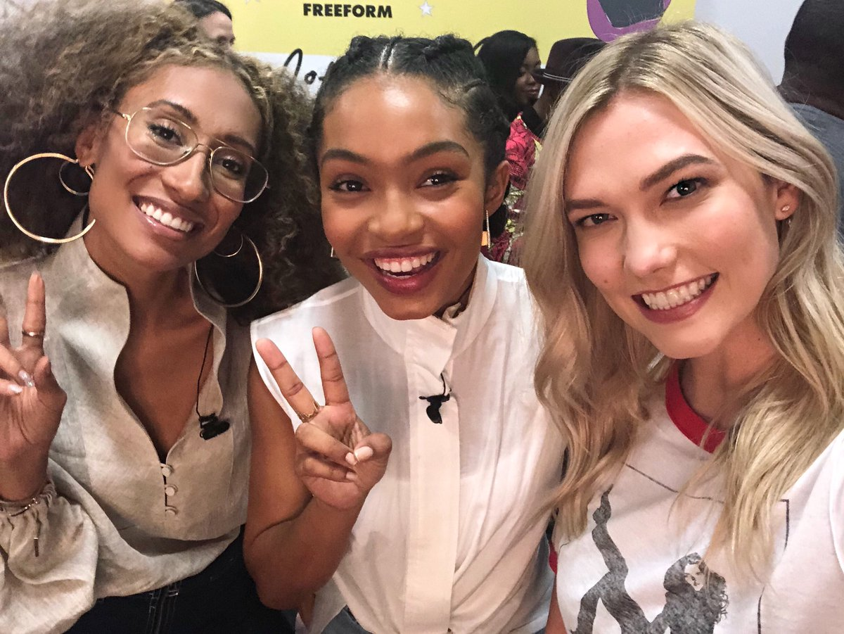 These two women inspire me in so many ways, @ElaineWelteroth and @YaraShahidi are challenging the status quo and rewriting the rules of success. They are a force to be reckoned with. Our conversation last night has me hopeful for our future <3