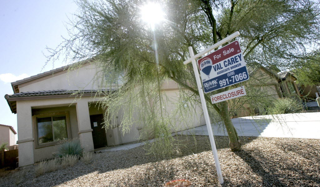 Tucson-area foreclosures reach lowest level since 2006 https://t.co/iBNQz4SuEw