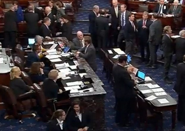 Vote to advance a stopgap spending bill fails, leaving just over an hour to avoid a U.S. government shutdowhttps://t.co/HigLkwwoWJn