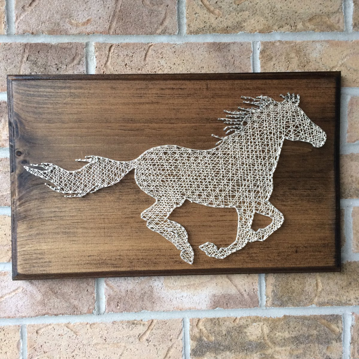Horse racing nail art nailarts ideas - Clavos para madera ...