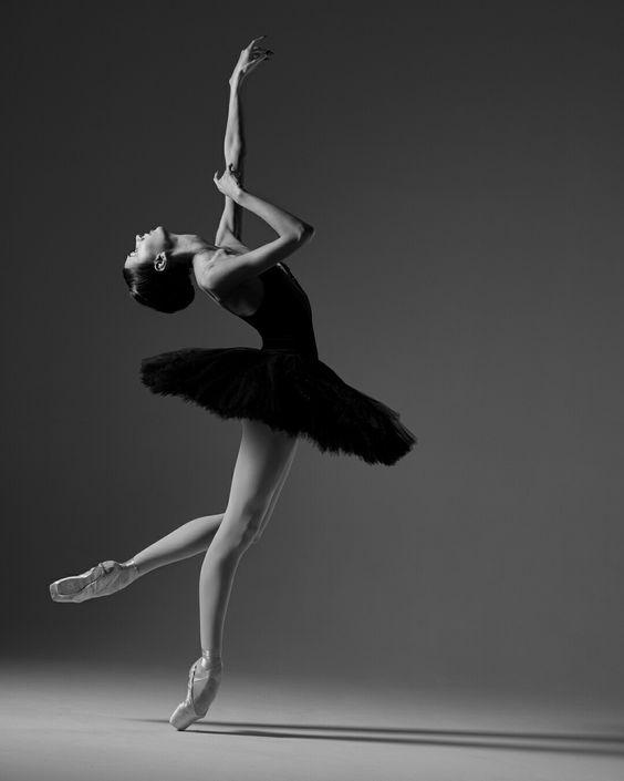 RT @Arting_2D: 발레 포즈 #발레 #포즈 #자료 #아트인지 #Ballet #Pose #Reference #ArtInG https://t.co/b91tiWVa4L