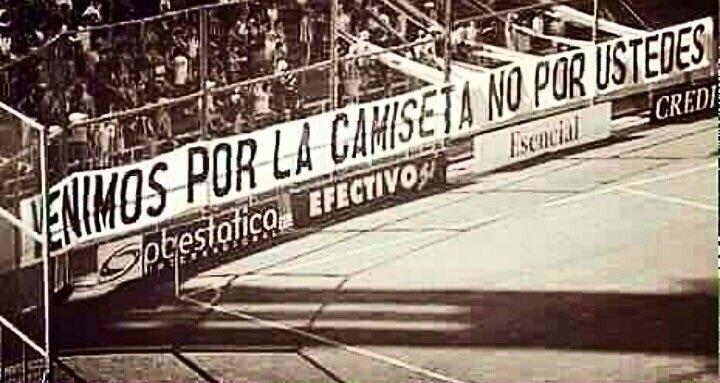 Para cuando esta pancarta em el Bernabéu !!!!!! Imposible con la represión q hay en el club #LibertadDeExpresion #LibertadParaElMadrid