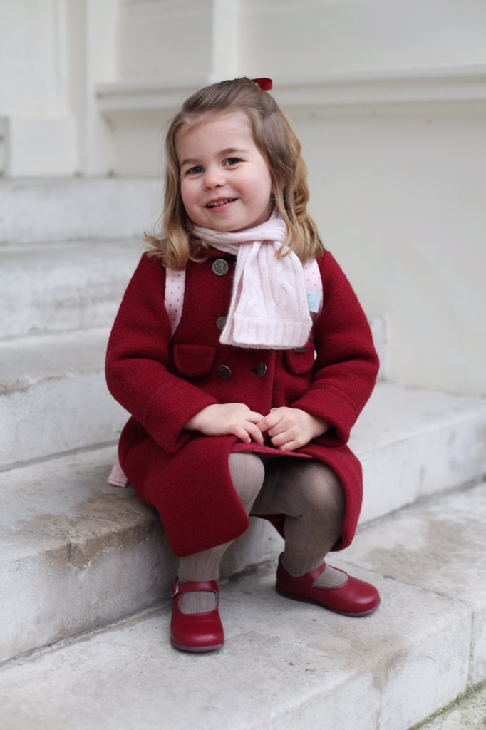Imagini pentru The Duke and Duchess of Cambridge are very pleased to share two photographs of Princess Charlotte at Kensington Palace this morning.