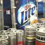 How pot is cutting into MillerCoors' light beer biz. https://t.co/bIP8K0jwWN