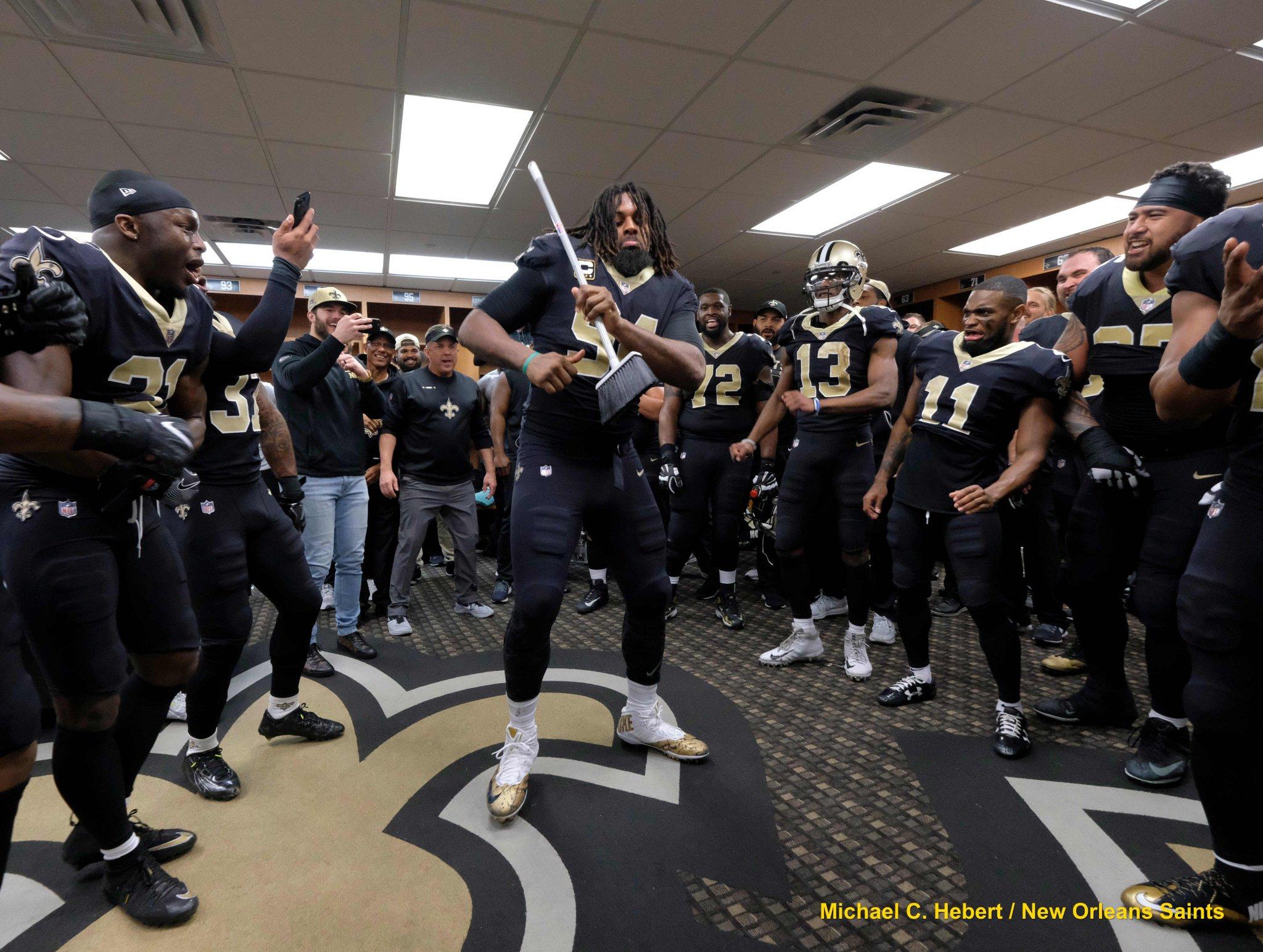 The #Saints locker room was LIT ��after yesterday's win!  PHOTOS: https://t.co/V3uFMjwNBz  #GoSaints #LoveTheSaints https://t.co/VcTeK23XG7
