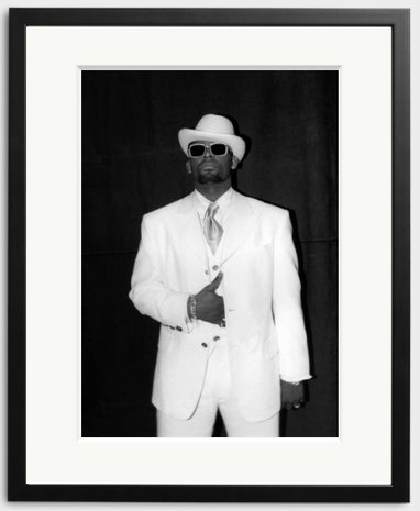Happy Birthday to R. Kelly - photographed backstage by Raymond Boyd in 1992.