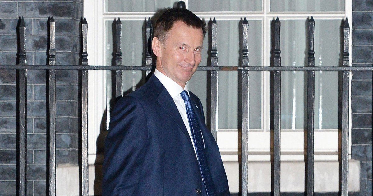 NHS staff aren't holding back with their opinions on Jeremy Hunt's new job title https://t.co/i8GKAkhLBc https://t.co/ocNgL6m6KM
