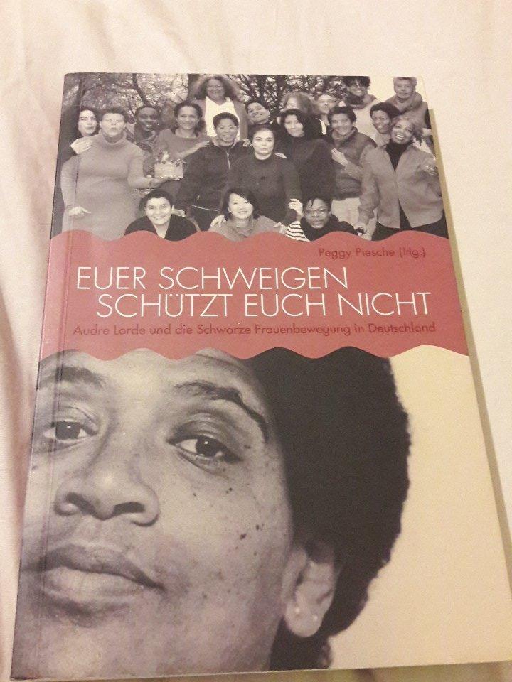 Deutsche schwarze Frau