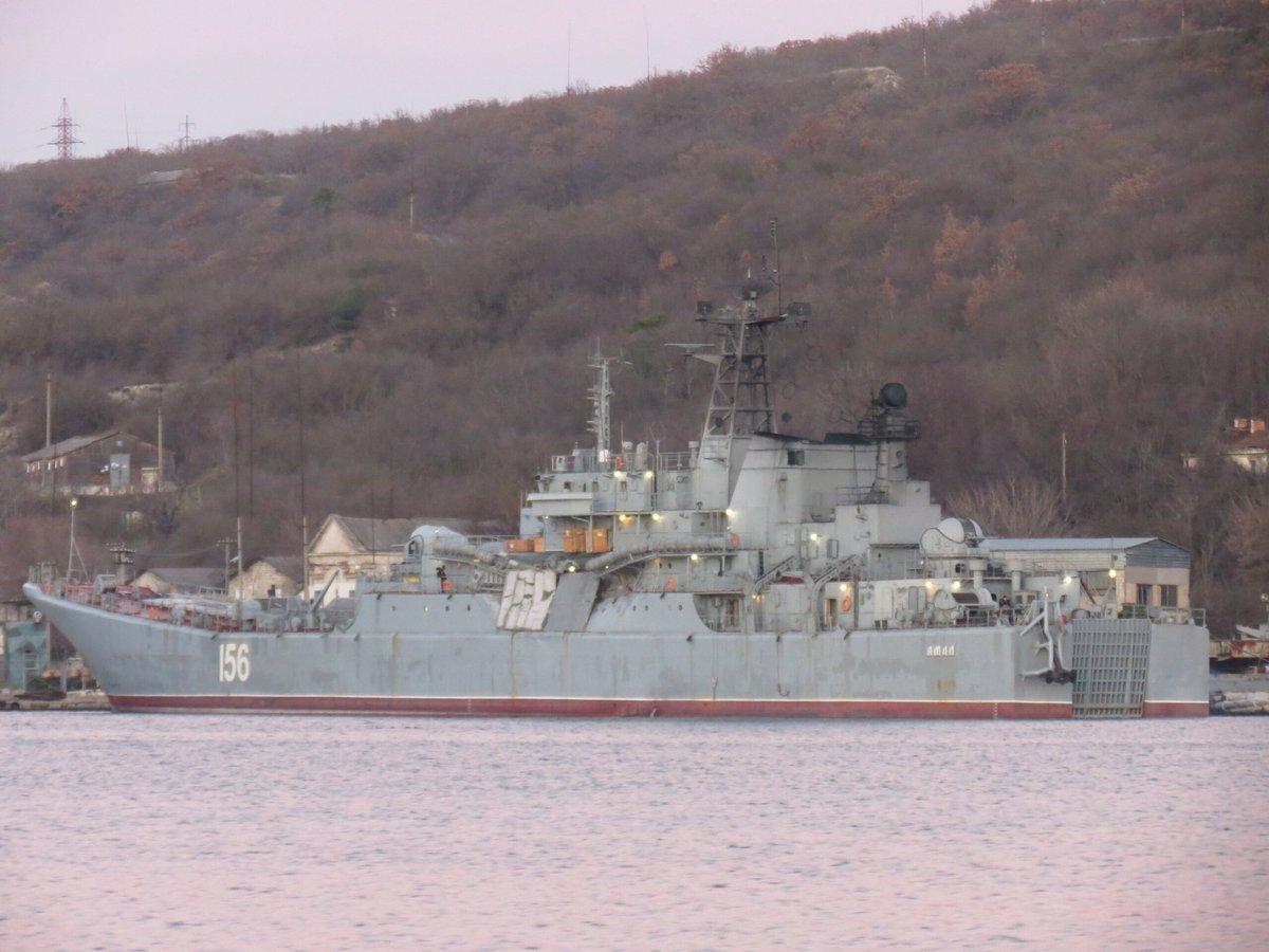 Russian Navy: Status & News #3 - Page 40 DTFtmDtW0AEveGK