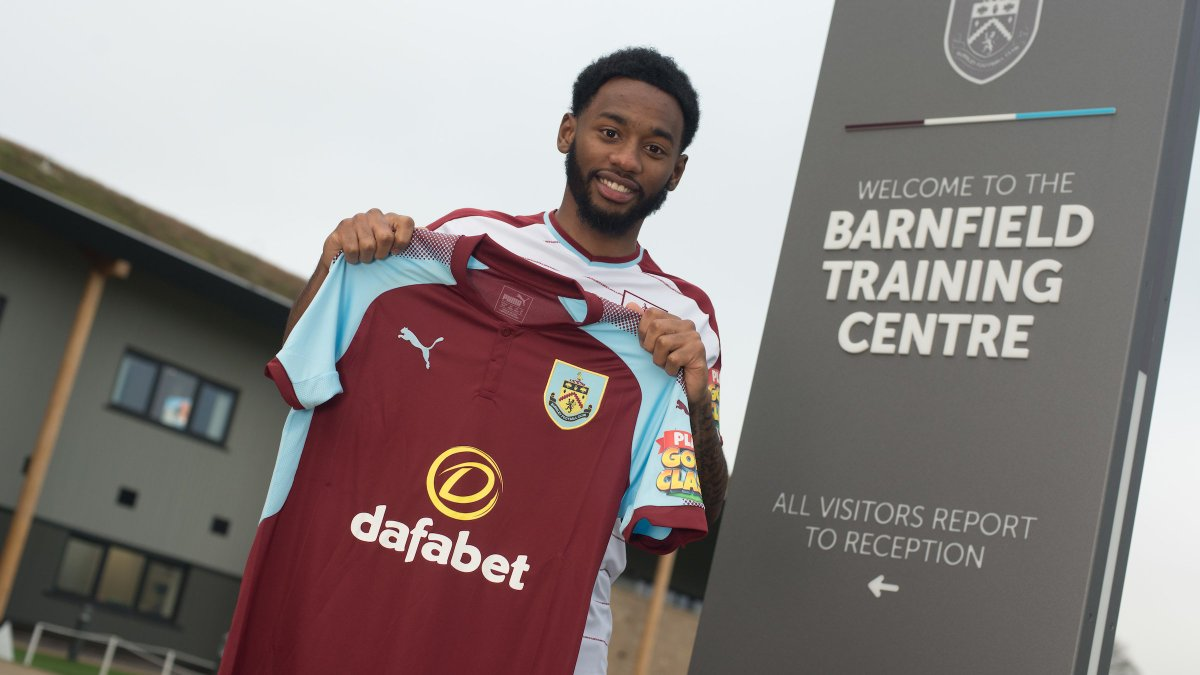 Nkoudou prêté à Burnley (officiel) — Tottenham