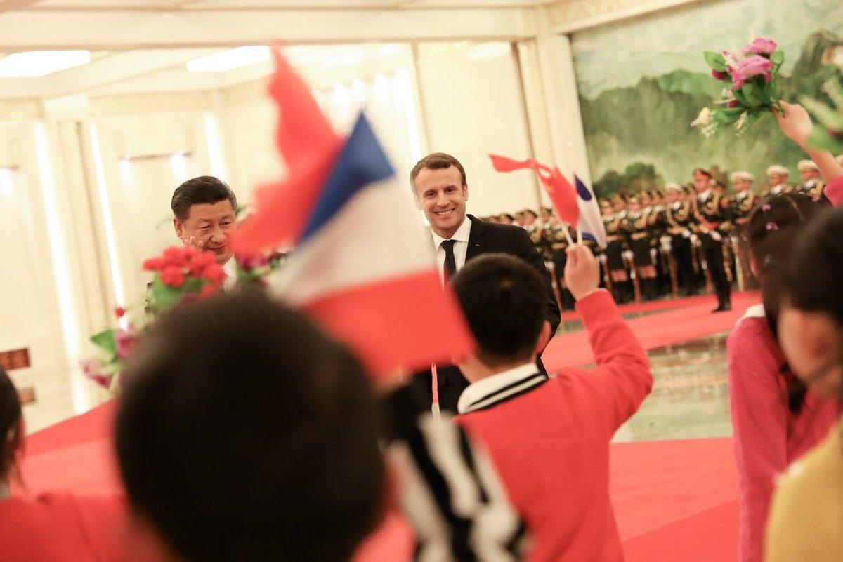 Avec Xi Jinping. Ma visite en Chine pose les fondements d'un agenda d'amitié. Notre histoire commune nous permet de construire une coopération équilibrée.