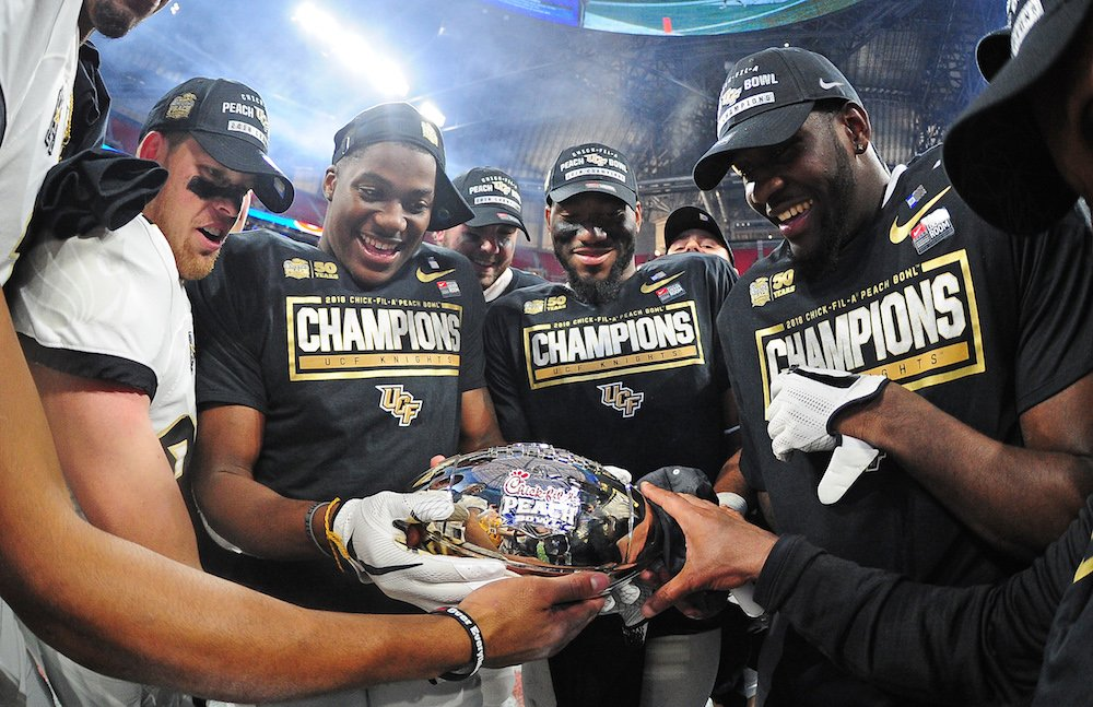 UCF finishes 6th in final AP poll following undefeated season https://t.co/UgwlXPF7jI