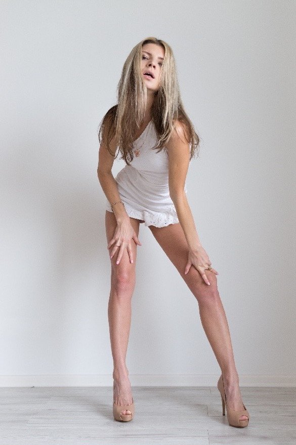 Gina Gerson aka Doris Ivys - is a porn model. Video