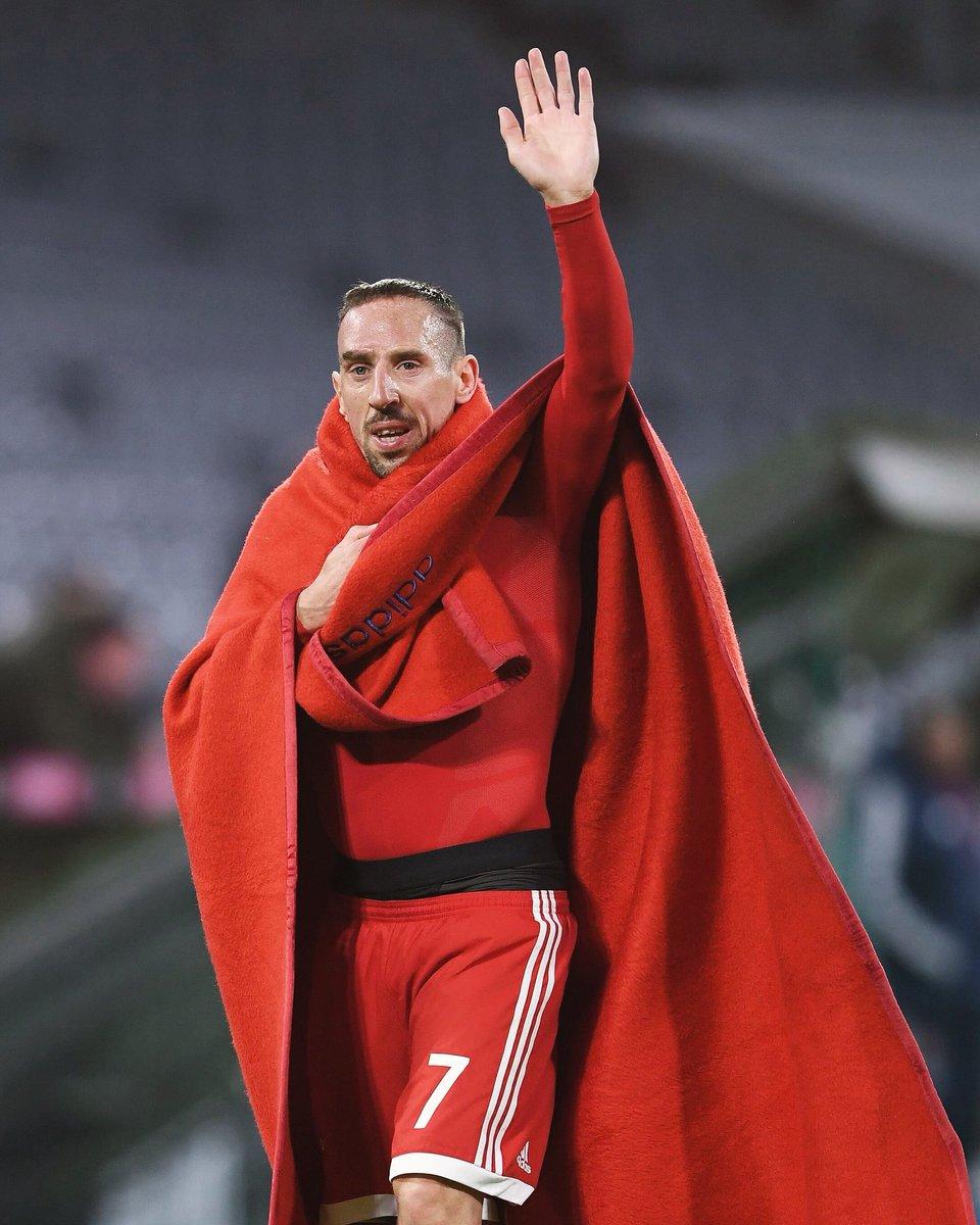 Bundesliga can come 😉👌🏼 #MiaSanMia #fr7👑...