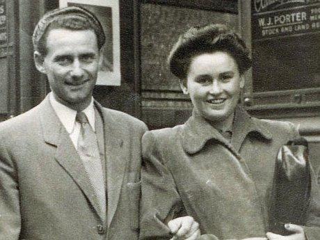 Na archívnej snímke Ludwig Eisenberg a Gita Fuhrmannová.
