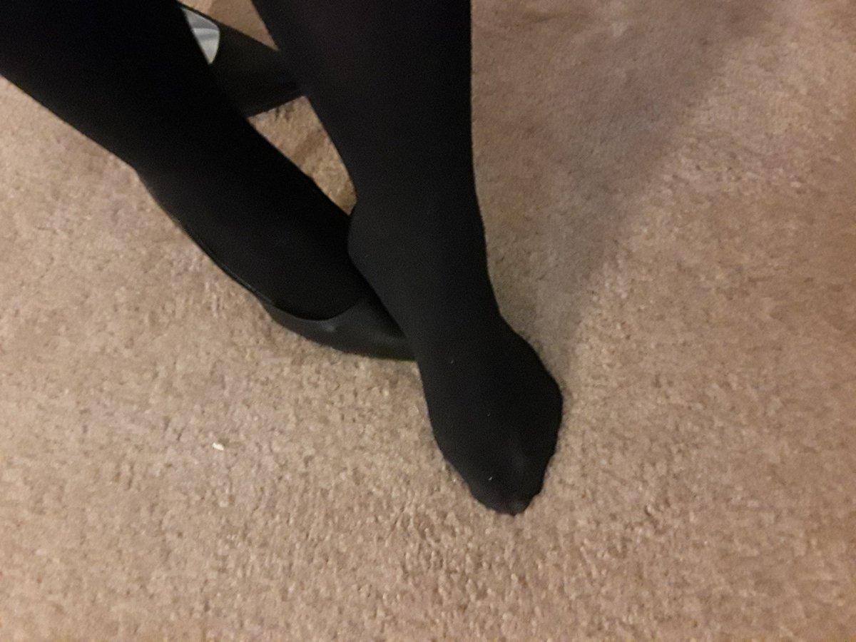 Andi foot fetish
