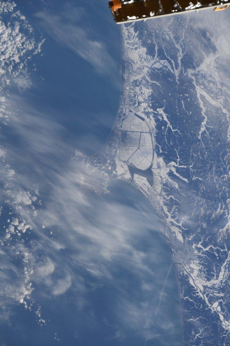 日本の上空を通ることも、たびたびあるのですが、雲に覆われていたりして、写真撮影の機会が、なかなかあり…