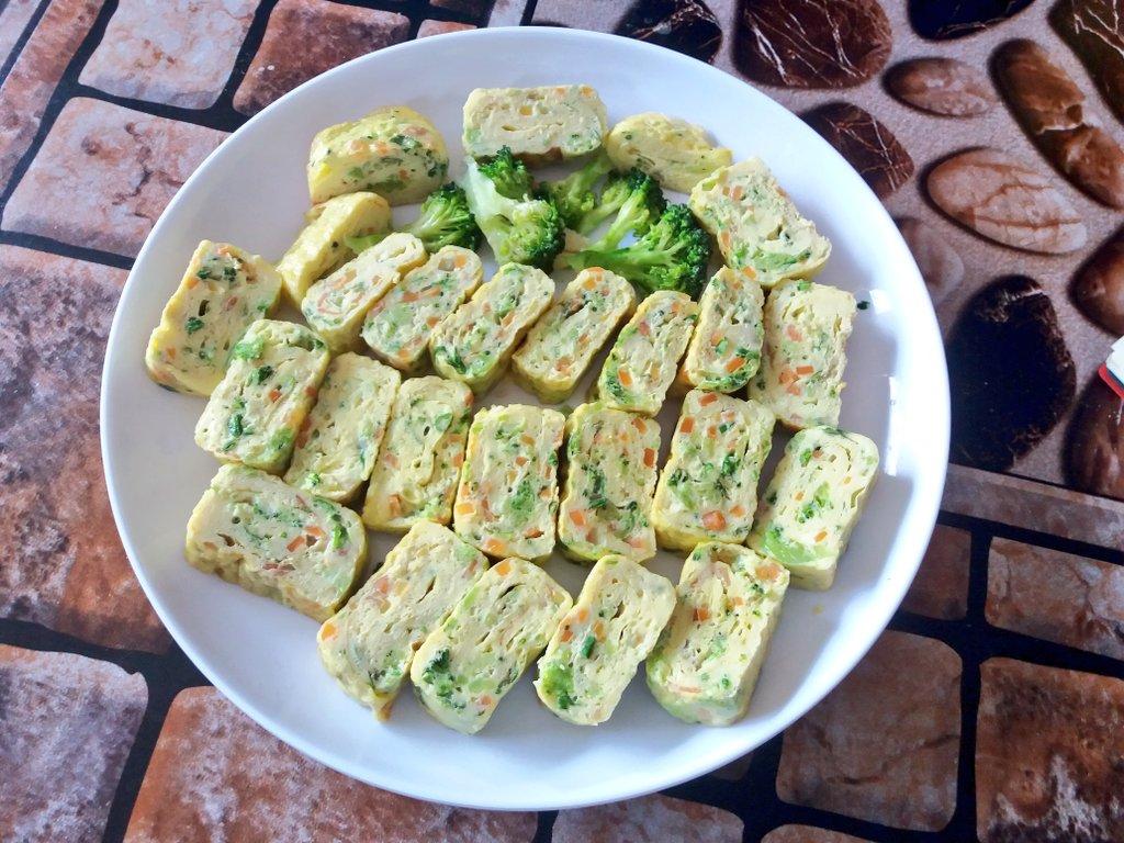 #계란말이 #food #eggroll #sidedish #korea #Cooking https://t.co/rMyIevogQE