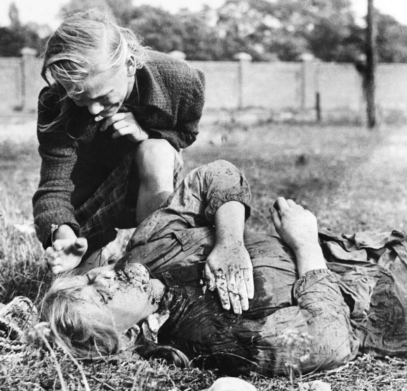 aftermath of world war ii essay The aftermath of world war two essay 1495 words | 6 pages the aftermath of world war ii some people argue that faith and reason are two completely unrelated concepts.