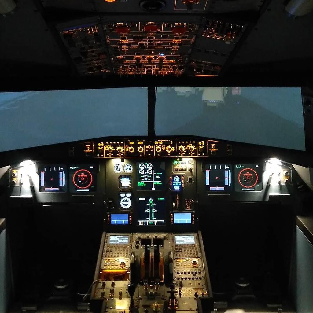 737-800 Homecockpit on Twitter: