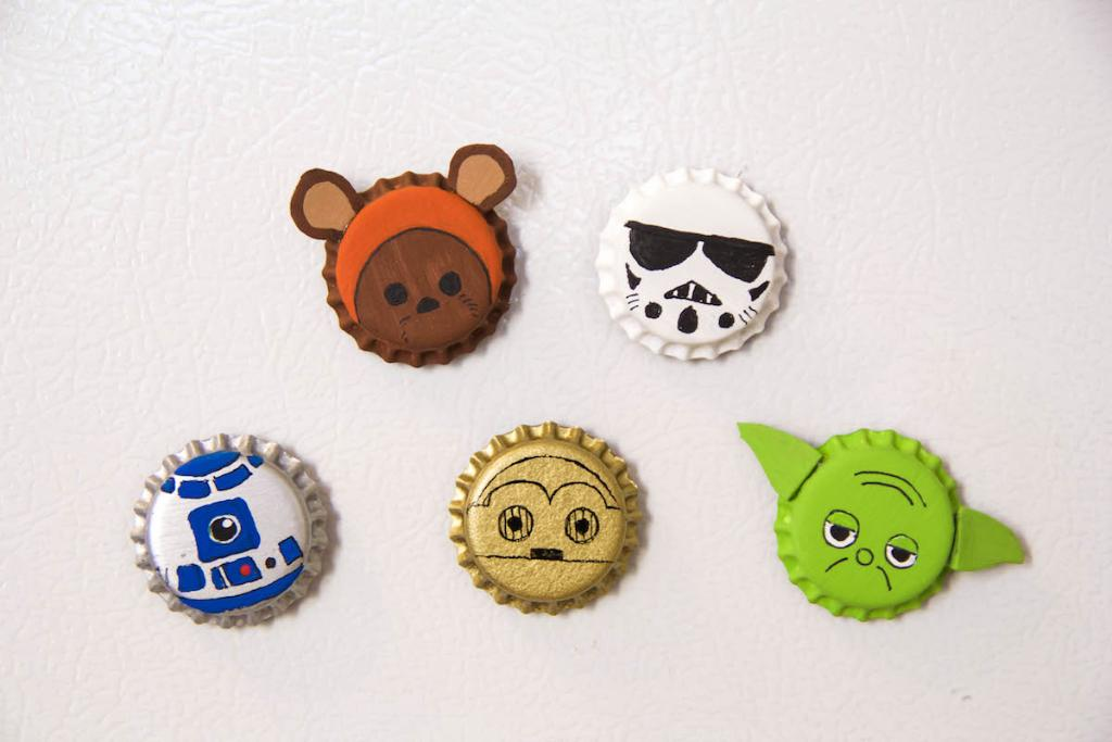 Bring the power of the Force to your fridge with just a few bottle caps and some paint. https://t.co/eTSeWcHa7f https://t.co/MbADSyICfu