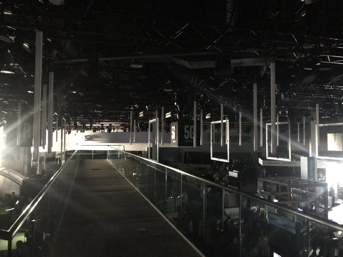 Power Being Restored At CES After Outage