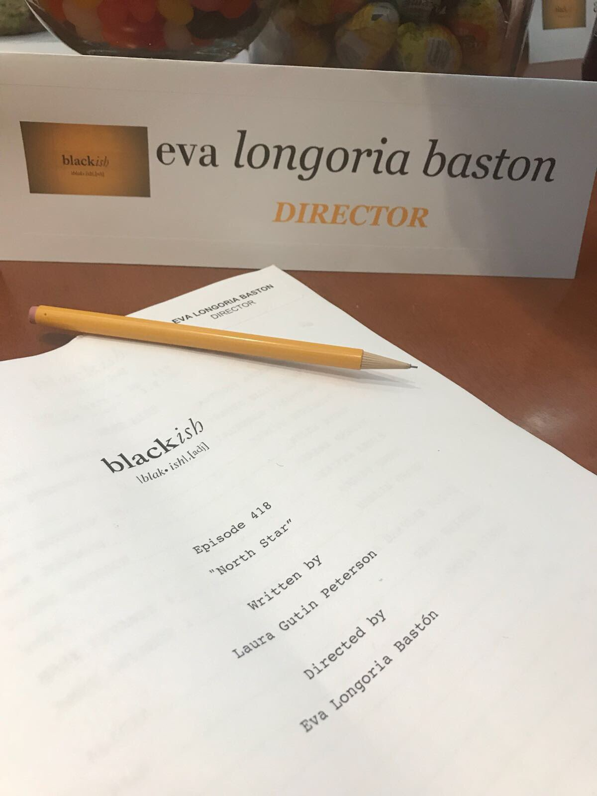And it begins again....#DirectingMode #BossLady #Blackish 🎬🎬🎬 https://t.co/5IY8acBrvi