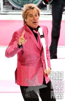 ROCK ROYALTY! Happy Birthday Wishes to Rod Stewart!