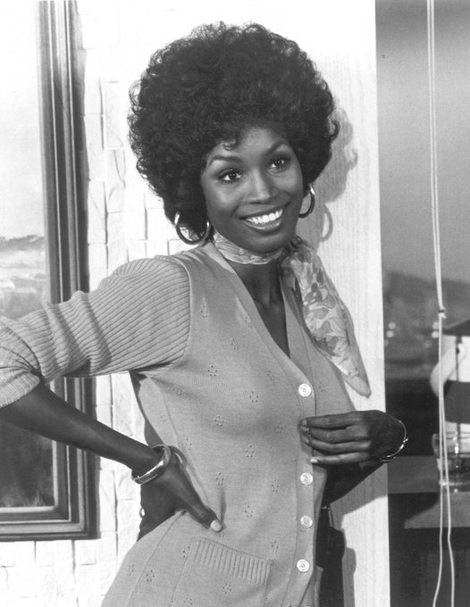 Happy birthday to Teresa Graves, (born on this date in 1948), star of GET CHRISTIE LOVE!